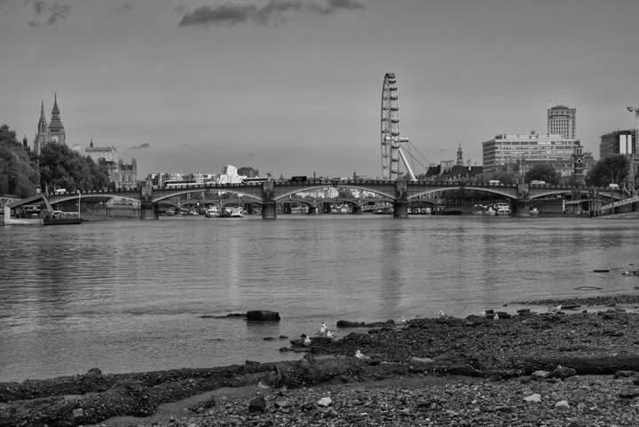 Photograph of Lambeth Bridge 10
