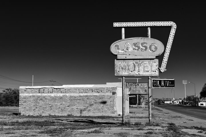 Photograph of Lasoo Motel - Route 66