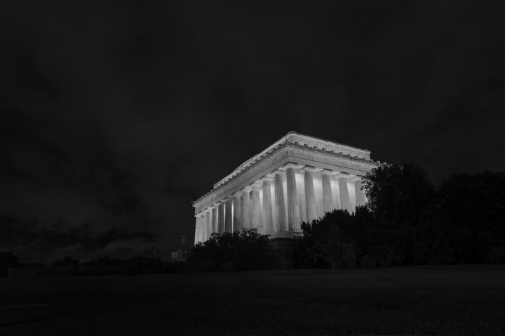 Photograph of Lincoln Memorial 3