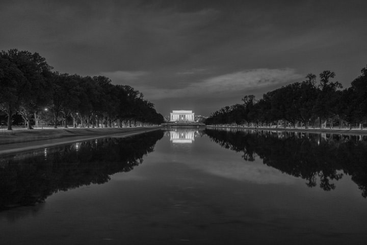 Photograph of Lincoln Memorial 4