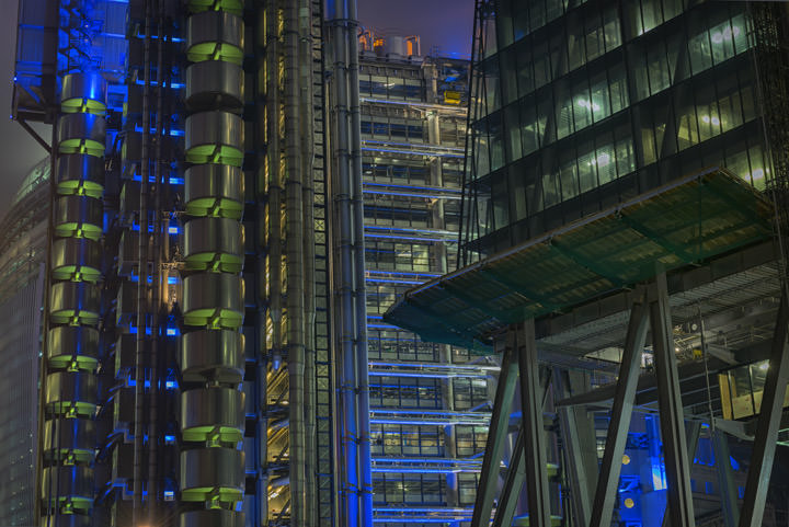 Photograph of Lloyds Building 4