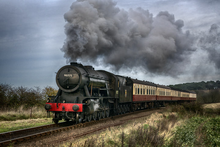 Photograph of Loco 90775