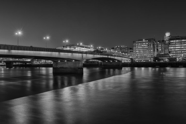 Photograph of London Bridge 22