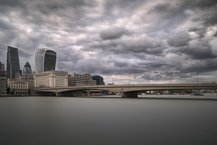 Photograph of London Bridge 32