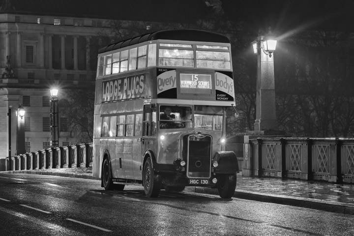 Photograph of London Bus Lambeth Bridge 1