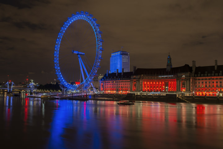 London Eye in red
