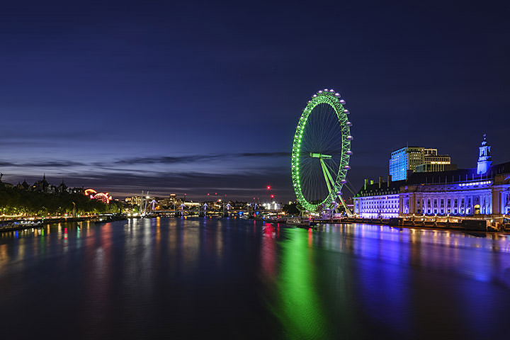 Photograph of London Eye Green at Dusk
