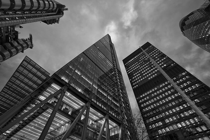 Black and white photo of The Leadenhall Building in London