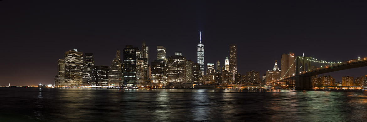 Photograph of Manhattan from Brooklyn 1