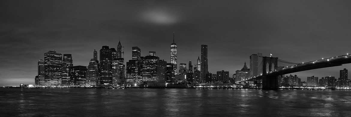 Photograph of Manhattan from Brooklyn 12