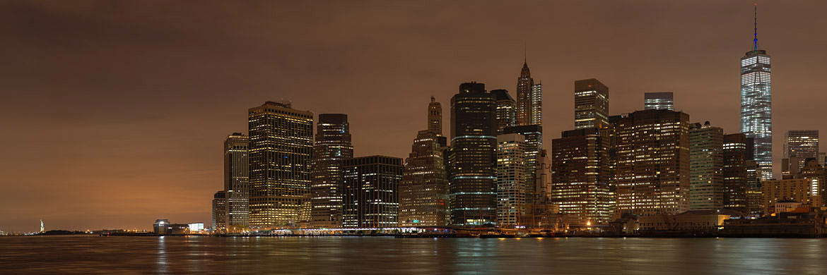 Photograph of Manhattan from Brooklyn 5