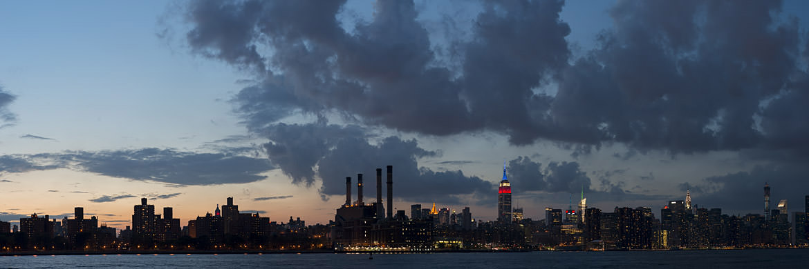 Photograph of Manhattan from Williamsburg 4