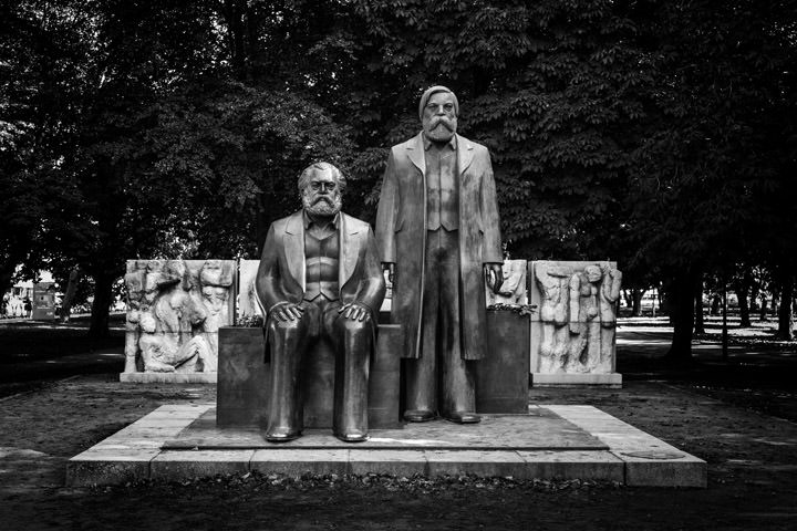Photograph of Marx Engels Berlin 1