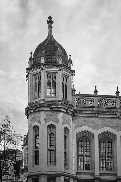 Black and white photo of Maughan Library part of Kings College London