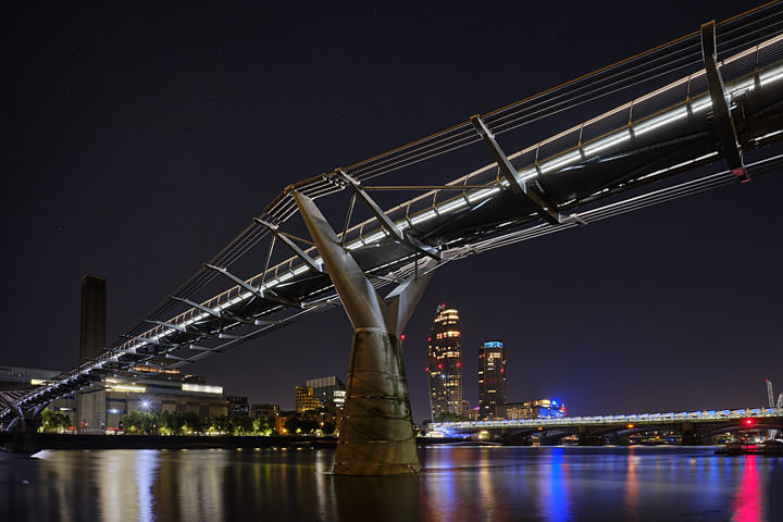 Photograph of Millennium Bridge 19