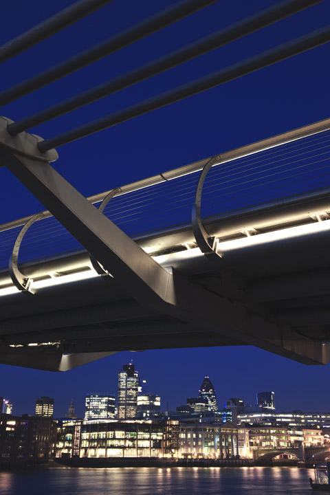 Photograph of Millennium Bridge 5