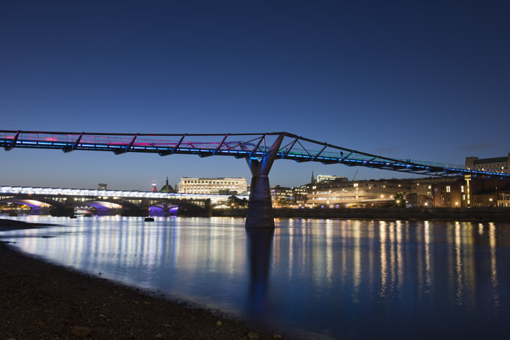 Photograph of Millennium Bridge 9