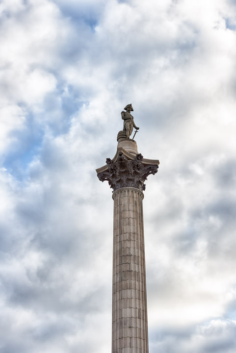 Photograph of Nelsons Column 13