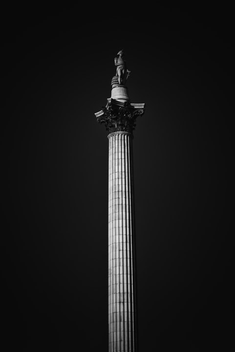 Photograph of Nelsons Column 9
