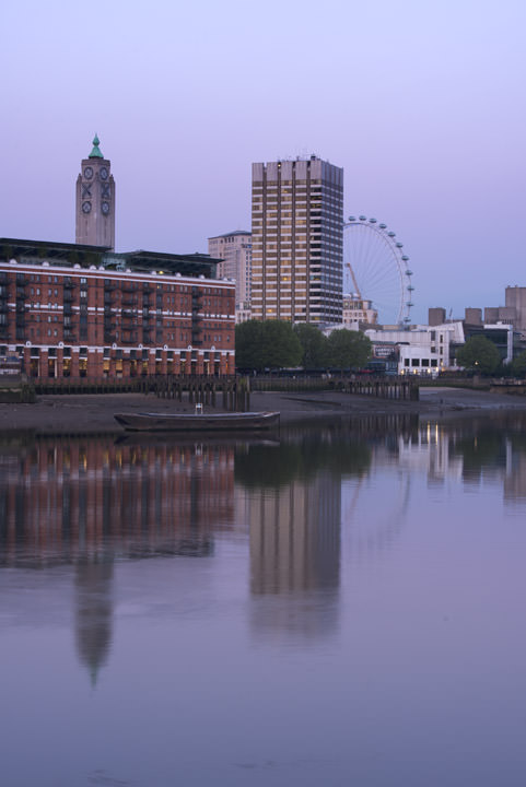 Photograph of Oxo Tower and the London Eye 3