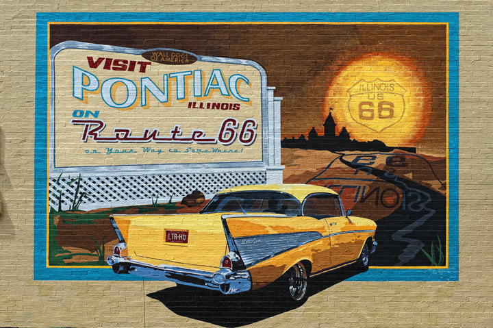 Photograph of Pontiac Mural - Route 66