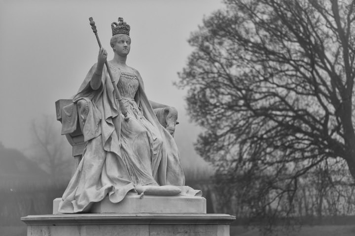 Photograph of Queen Victoria Kensington Gdns 1
