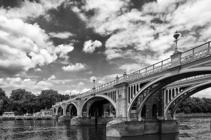 Richmond Lock Footbridge 3