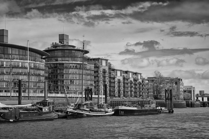 Photograph of River Thames Wapping 4