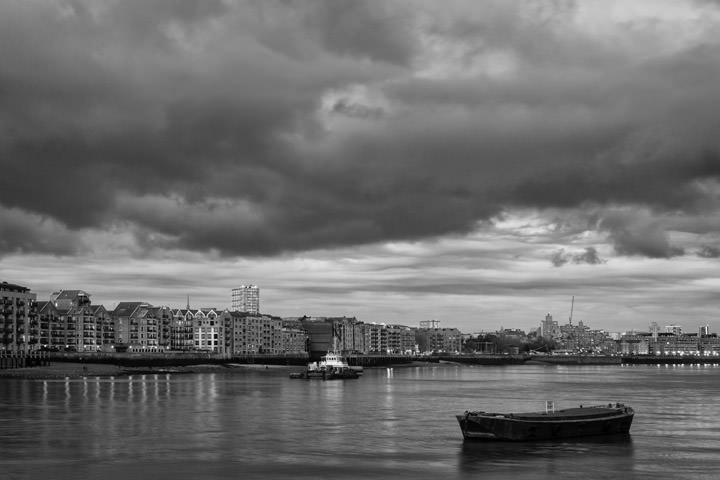 Photograph of River Thames Wapping 6