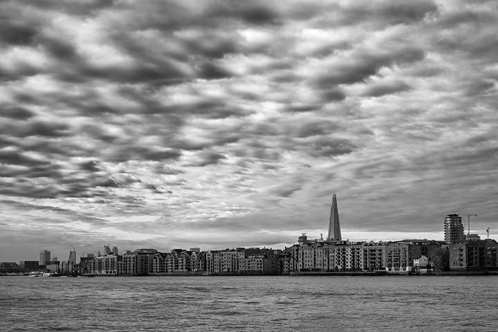 Photograph of River Thames Wapping 9