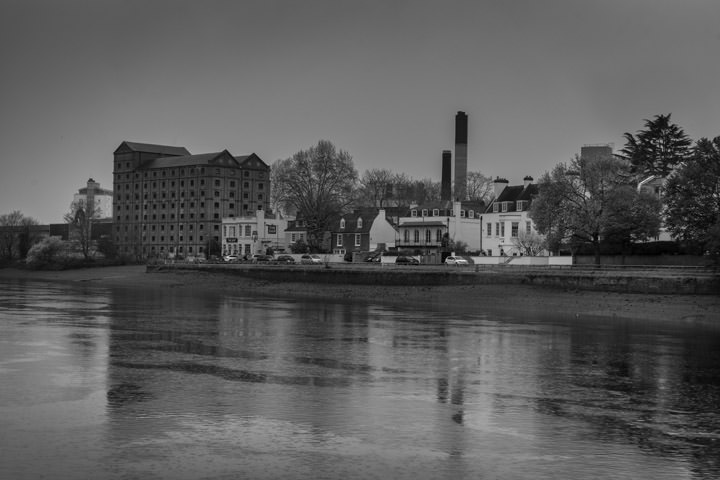 Photograph of River Thames at Mortlake 2
