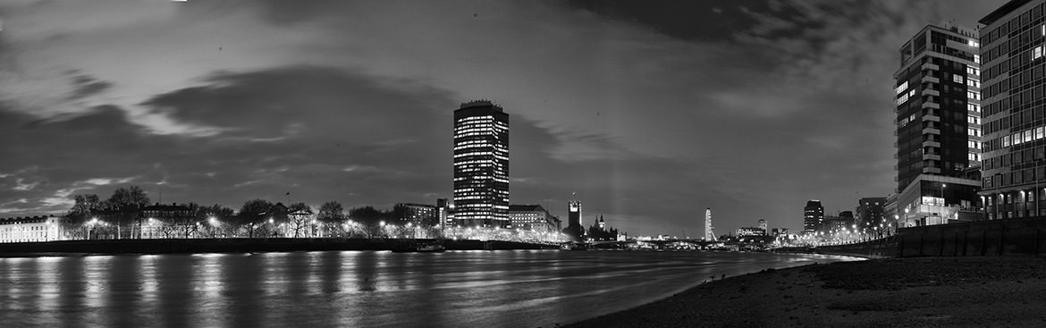 Photograph of River Thames at Vauxhall 3