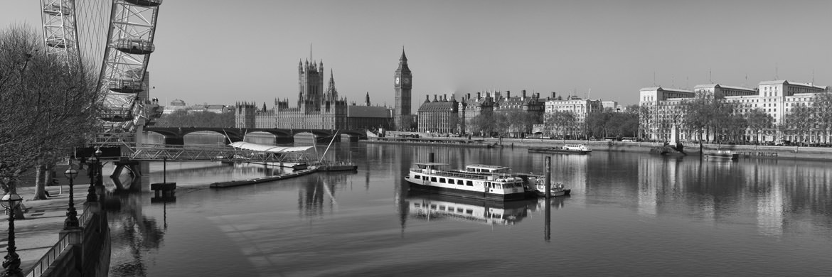 Photograph of River Thames at Westminster 1