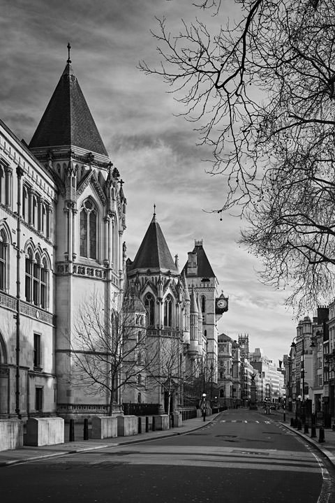 Photograph of Royal Courts of Justice 15