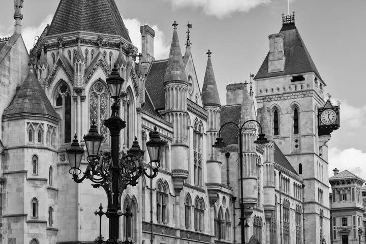 Black and white photo of Royal Courts of Justice Fleet Street