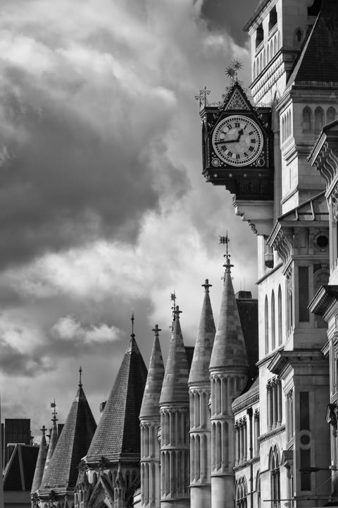 Black and white photo of Royal Courts of Justice Law Courts Fleet Street
