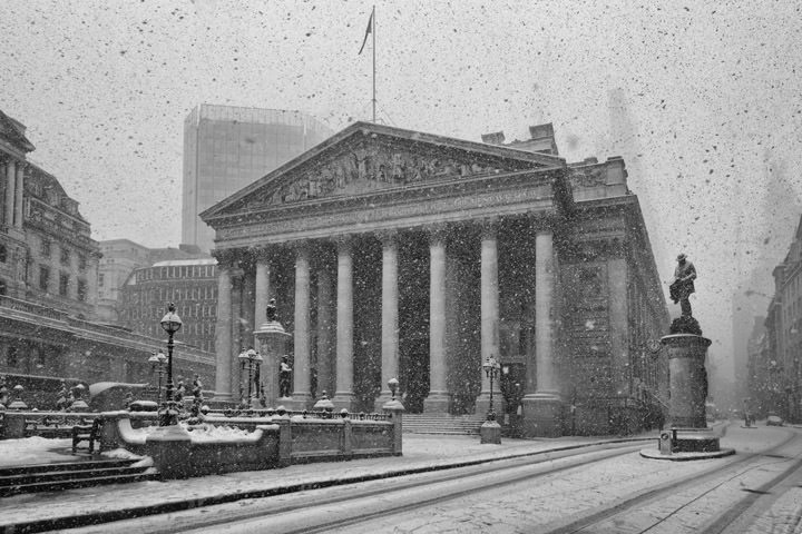 Royal Exchange Snow Scene 1