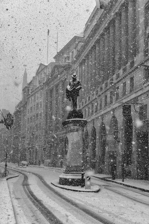 Royal Exchange Snow Scene 3
