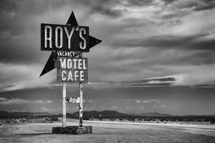 Roys Motel  -  Route 66 Amboy - California