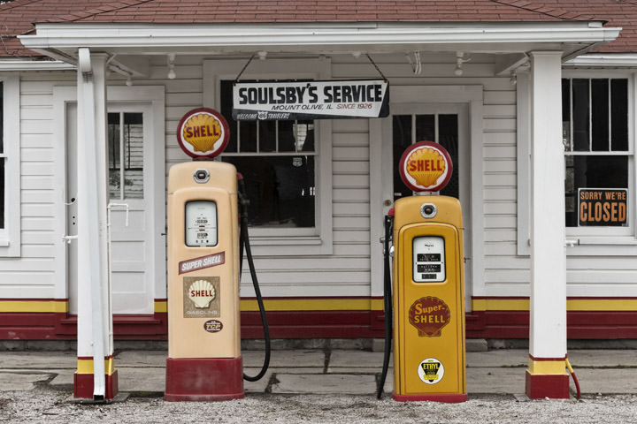 Photograph of Soulsbys Gas Station 1