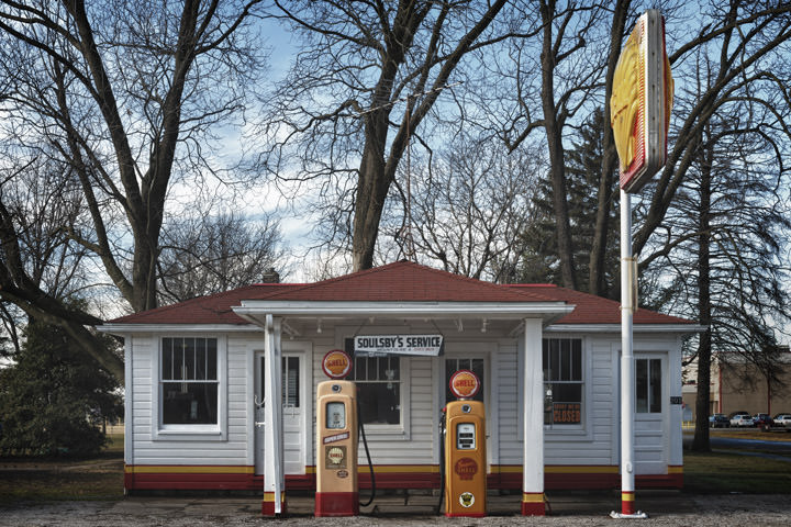 Photograph of Soulsbys Gas Station 2