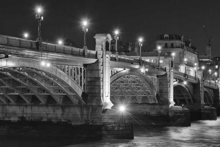 Photograph of Southwark Bridge 12