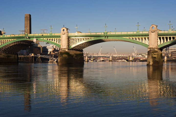 Photograph of Southwark Bridge 14