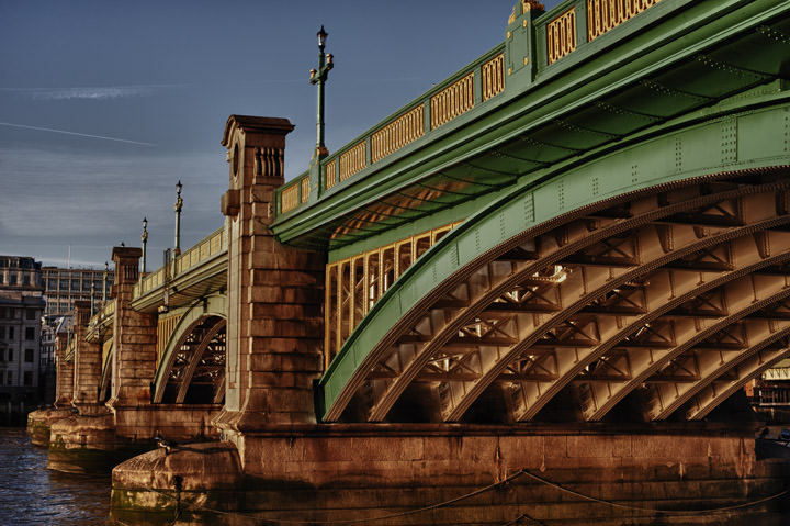 Photograph of Southwark Bridge 16