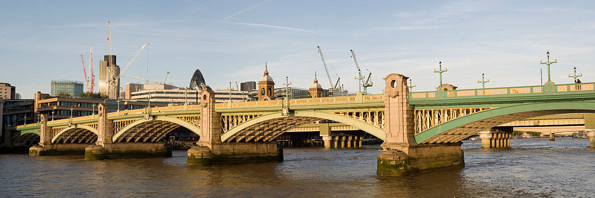 Photograph of Southwark Bridge 2
