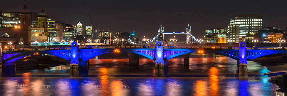 Photograph of Southwark Bridge 21
