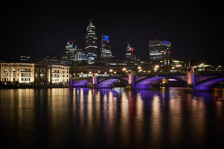 Photograph of Southwark Bridge 30