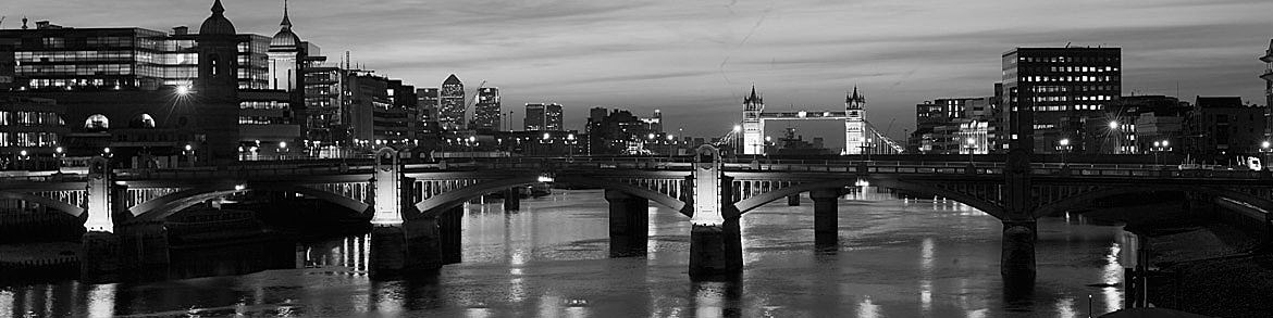 Photograph of Southwark Bridge 5