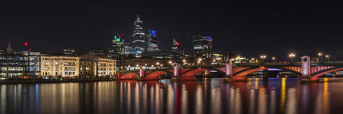 Southwark Bridge Panorama 1