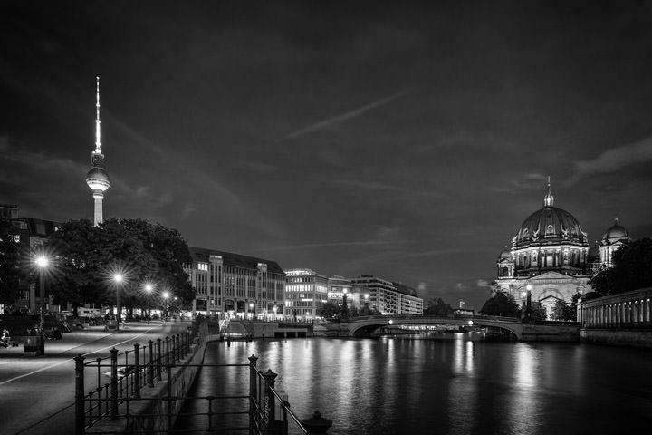 Photograph of Spree River Berlin 1